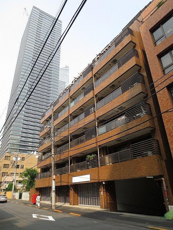 虎ノ門ガーデン8階部分