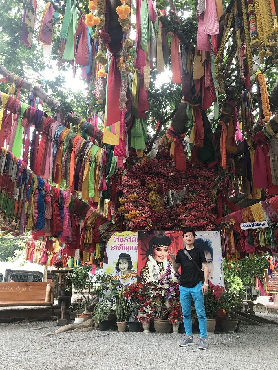 タイ「ワット・タップグラダーン寺院」にて